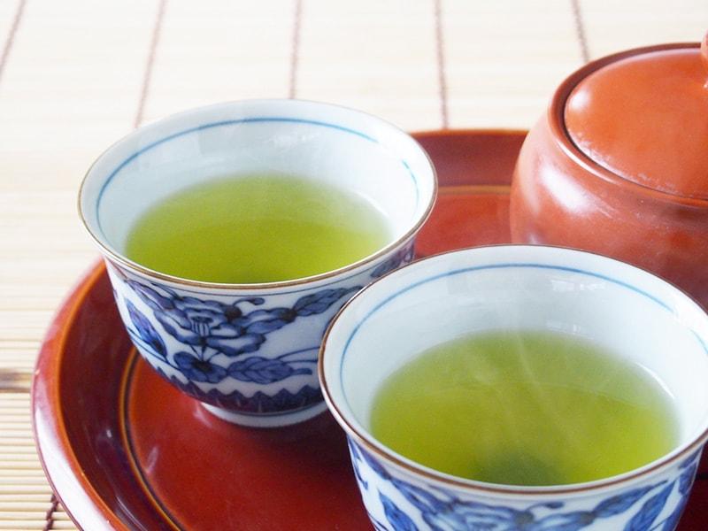 淹れたての緑茶