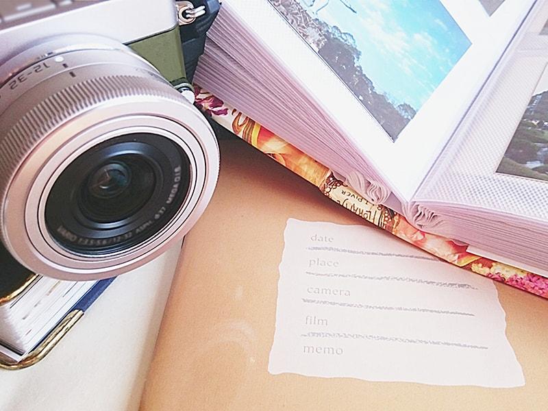 カメラと写真アルバム